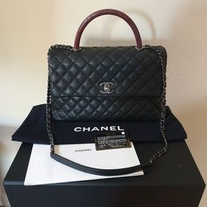 172e967b8f618c CHANEL Caviar Lizard Quilted Medium Coco Handle